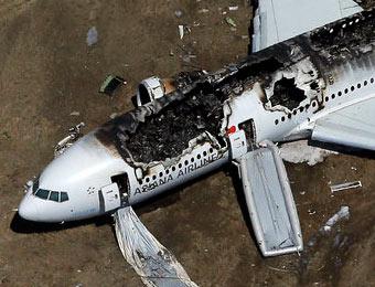 一架波音777飞机在旧金山降落过程中发生事故