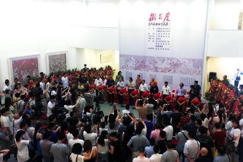 李晓柱绘画作品展在中国国家画院美术馆开幕