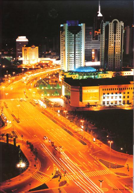 青岛汇泉广场夜景