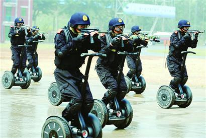 奥运安保反恐新装备亮相