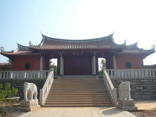 """中国最大红木雕""""和平观音""""5月亮相泉州少林寺"""