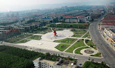"""火炬街社区建成了全区最大的""""一站式""""服务大厅,天井园社区,仙鹤湖东"""