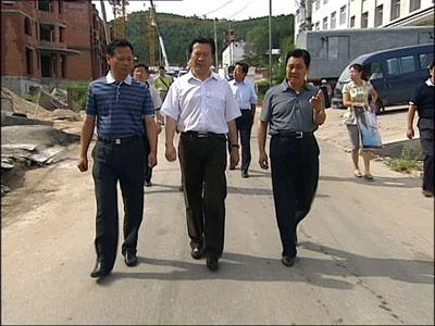 佳木斯市委书记林秀山到抚远县调研--地方--人民